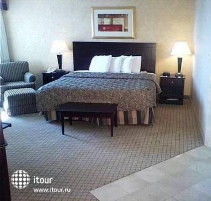 Holiday Inn Grand Island (buffalo Niagara) 3
