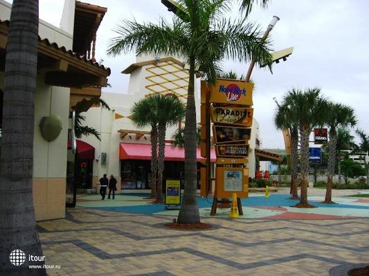 Seminole Hard Rock Hotel & Casino Hollywood 5