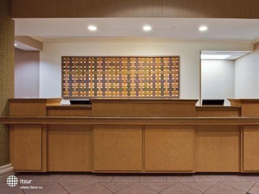 La Quinta Inn & Suites Miami Airport West 5