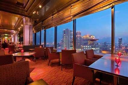 Hilton Osaka 3