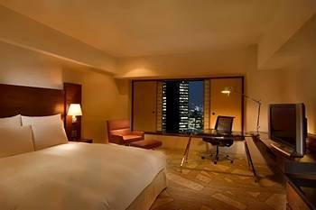 Hilton Tokyo Hotel 4