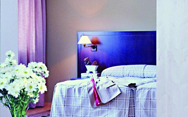 Husa Centric Hotel 4