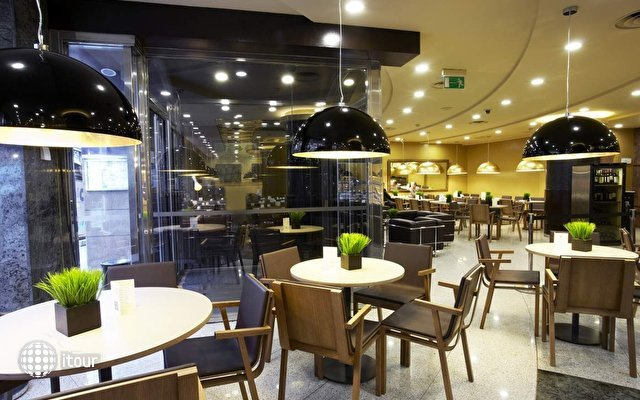 Holiday Inn Andorra (ex. Crowne Plaza) 10