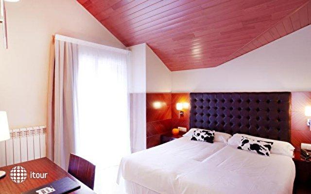 Mu Hotel 8