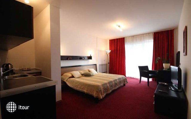 Aquarius Hotel 10