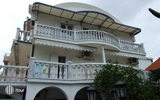 Villa Petrova 1