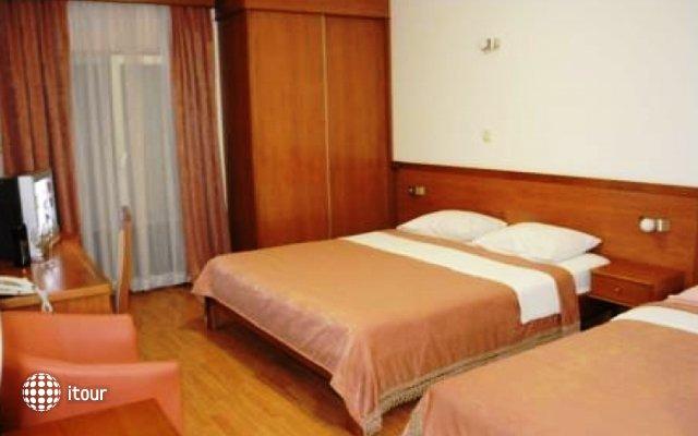 Garni Hotel Mena 2