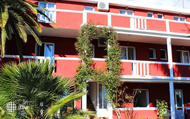 Bozo Villa  1