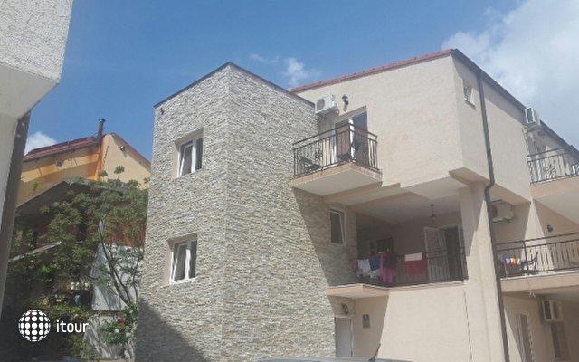 Ksenija Duletic Villa 1