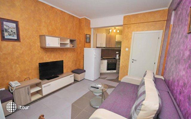 Lux M Villa  9