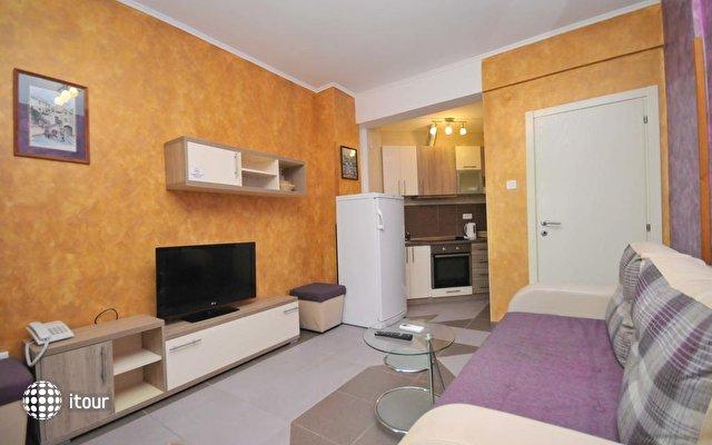 Lux M Villa  6