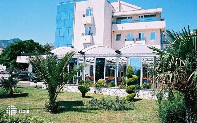 Sajo Hotel 1