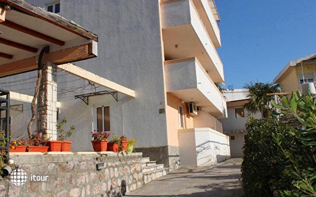 Strugar Villa 2