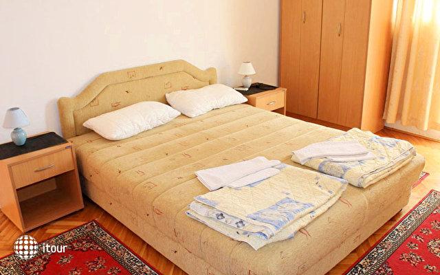 Strugar Villa 10