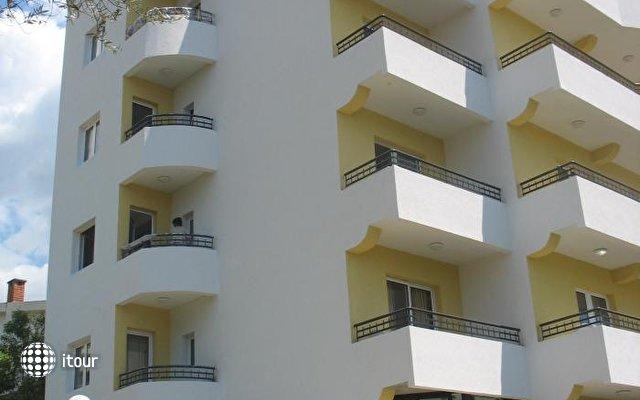 Tri Palme Villa 2