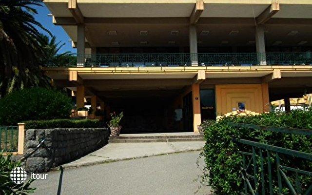 Alet Moc Hotel 3