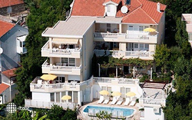 Villa Tenzera 1