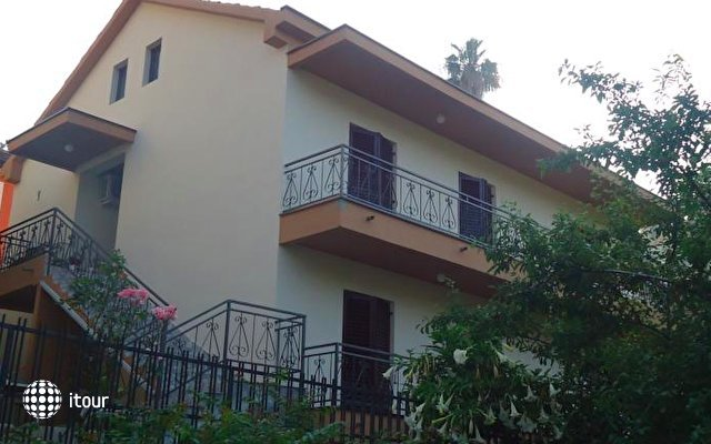Apartments Forte Mare 1