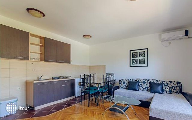 Novi Apartments 5