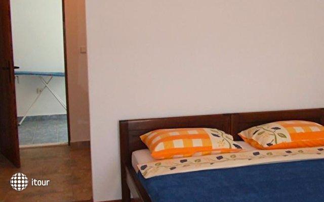 Apartments Jela 4