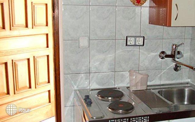 Apartments Jela 9