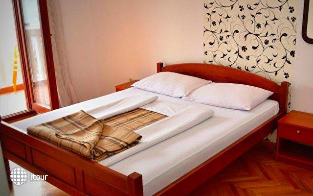Apartments Cebra 2