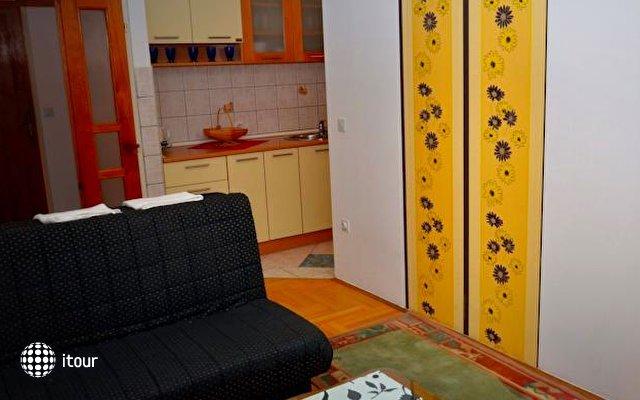 Apartments Cebra 10