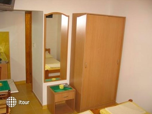 Guest House Tomanovic 3