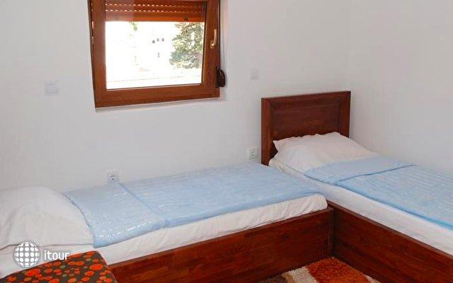 Apartments Vučetić 5
