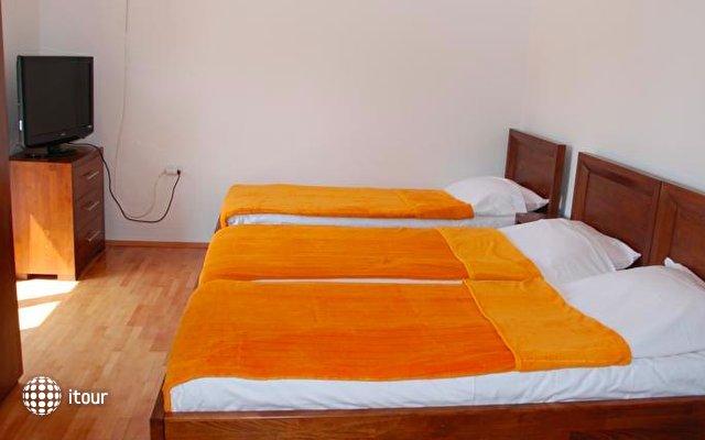 Apartments Vučetić 7