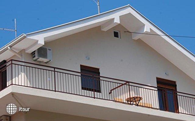 Apartments Vučetić 9