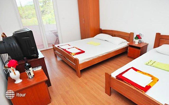 Hotel Kapri 3