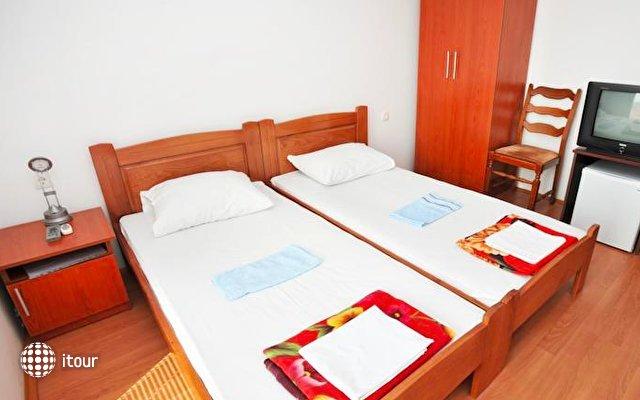 Hotel Kapri 4