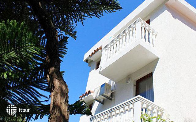 Snezana Villa 3