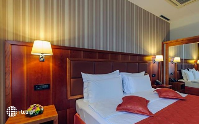 Hotel M Nikic 9