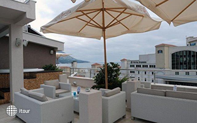 Anita Hotel 7