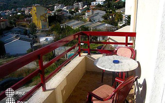 Villa Neso 2