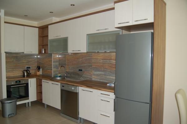 Apia Residence  8
