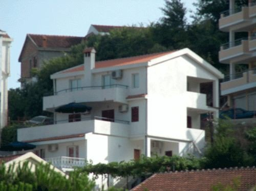 Villa Lumovic 1