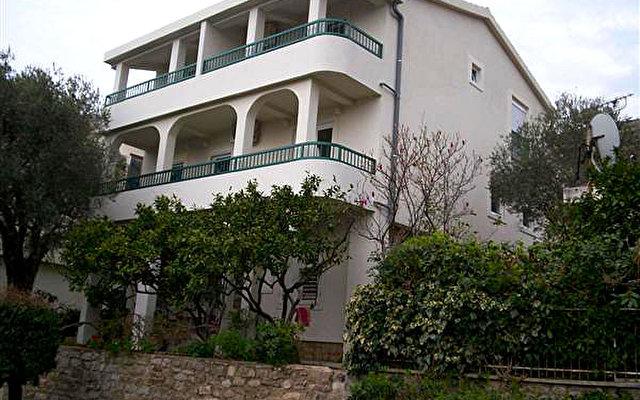 Villa Mitar 1
