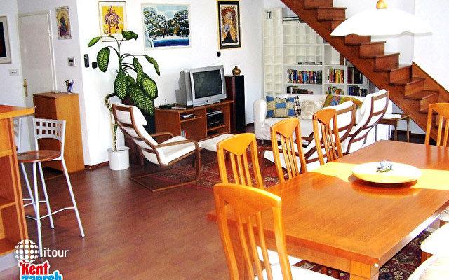 Teodora Apartment 3