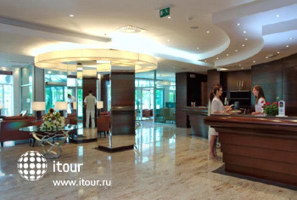 Best Western Premier Hotel Montenegro 2