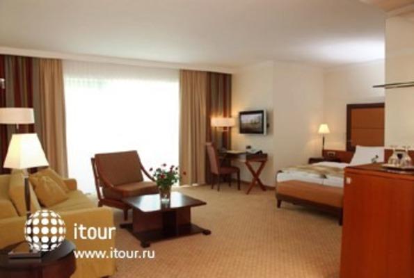 Best Western Premier Hotel Montenegro 9