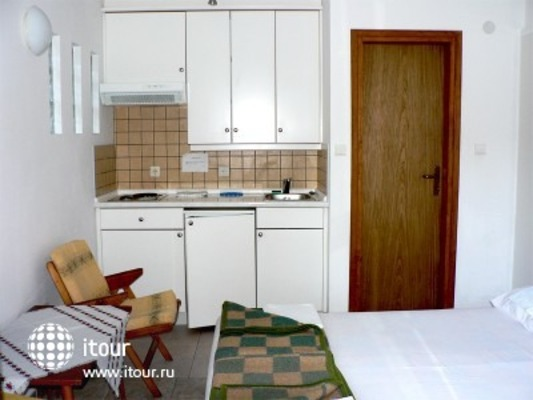 Small Hotel Goiko 6