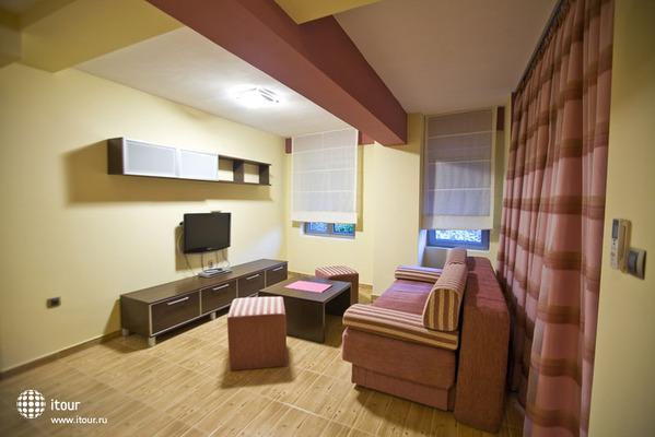 Raymond Kazanegra Apartments 6