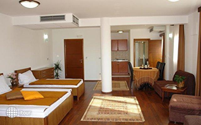 Butua Hotel 7