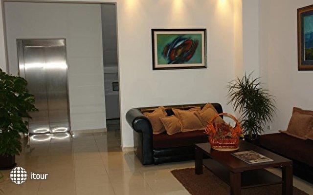Butua Hotel 3
