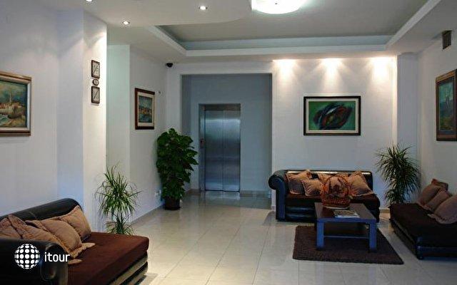 Butua Hotel 4