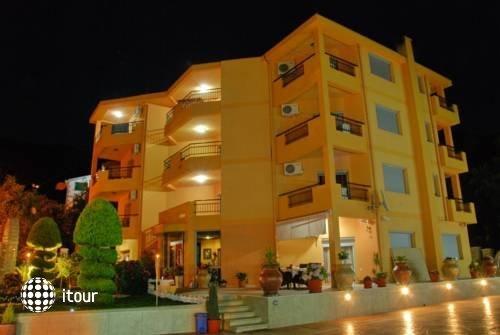 Radevic Apartments 6