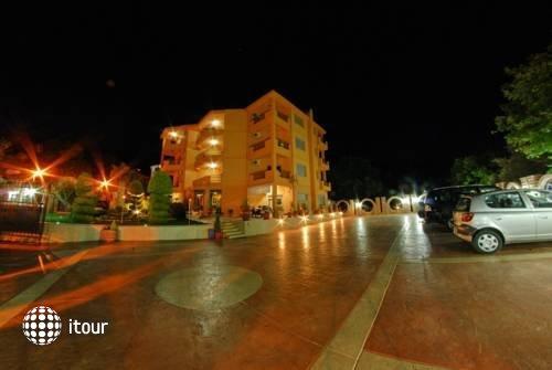 Radevic Apartments 9
